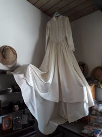 Handmade satin wedding dress from 1949 - size 4-6 petite - excellent condition