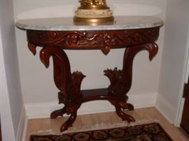 Nice entry table