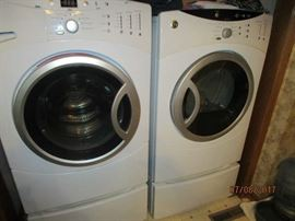 GE front loading washer and dryer set