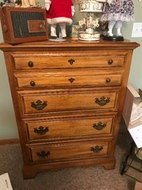 American Drew Oak 5 drawer chest of drawers, like new