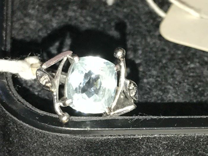 14 K Aquamarine ring, hand crafted