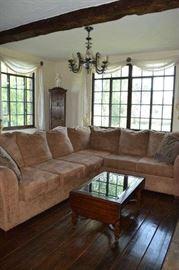 L shaped sofa coffee Table curio