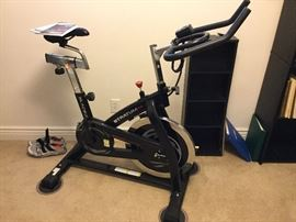 Stratum exercise bike