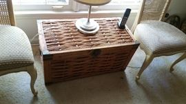 very nice wicker cchest