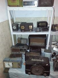 SEVERAL OLD RADIOS