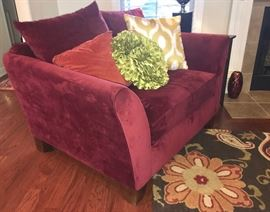 Side view couple-love arm chair