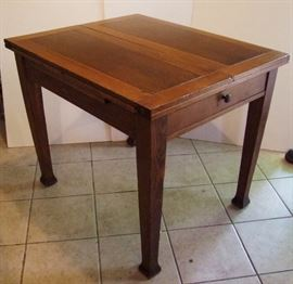 C/1910 Flip Top English Oak Breakfast table w/drawer