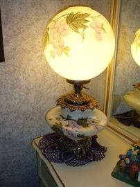 Gone With The Wind/Parlor Hurricane Lamp (Electric)