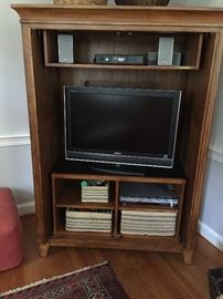 TV, CD Player, speakers