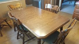 Kitchen table with 6 chairs and 2 leaves  $150