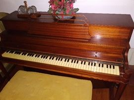 Nice Spinet Piano