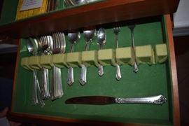 Sterling Flatware Service for 8. Heirloom Sterling Damask Rose 42 pcs: 8 Dinner, 8 Salad, 8 Spoons, 8 Knives, 6 Ice Tea Spoons, Baby Set (1 Fork, 1 Spoon), 1 Pickle Fork, 1 Tomato Fork