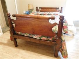 Great Mahogany Rope Bed
