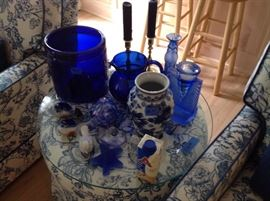 More pieces  (Ice bucket and pitcher no longer available)