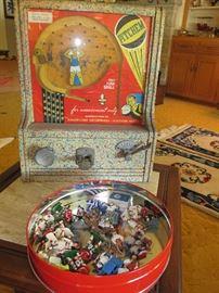"Vintage ""Pitchem"" 1940s coin arcade game"