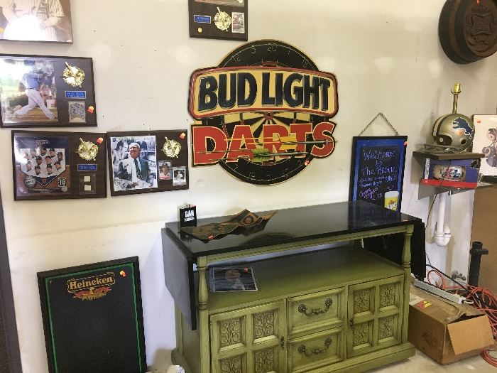 BUD LIGHT DARTS METAL WALL ART