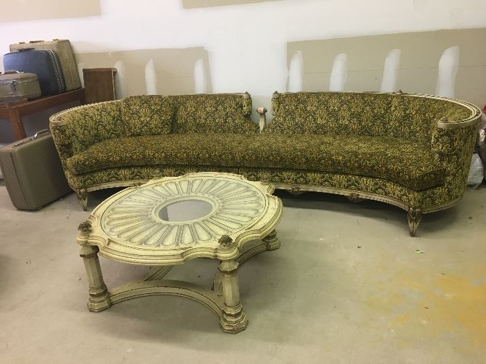HOLLYWOOD REGENCY STYLE COUCH