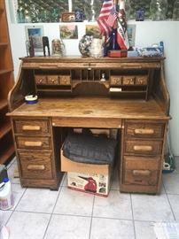 Room top desk