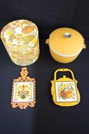 "Vintage Hot & Cold Serving Set: mid-century mustard gold, orange & brown serving set with ice 8"" ice bucket and 8"" hot or cold serving bowl with lid by Sunfrost Therm-o-ware Dishwasher safe unbreakable made in U.S.A. along with two trivets made in Japan one marked with trademark stamp. This lot is in very good condition and shows little wear, if any."