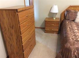 LIKE NEW BEDROOM SET