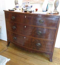 3 drawer chest antique