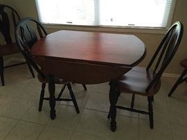 Kitchen drop leaf table w/4 chairs