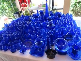 HUGE BLUE GLASS COLLECTION !