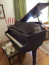 Shaw Piano, Baltimore, antique Baby Grand