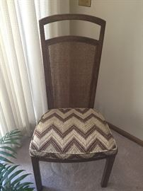 Drexel dining room set – 7 chairs, china hutch and buffett