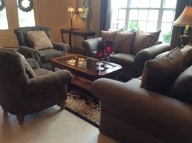 This is a GORGEOUS home with upscale traditional style furnishings!