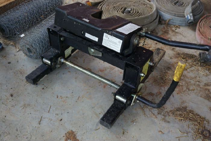 Husky 5th wheel hitch 16000lb trailer weight capacity