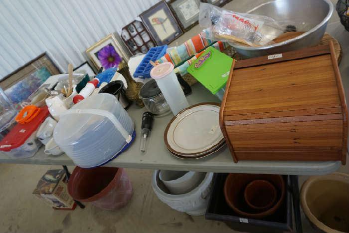 Wooden recipe box, misc kitchen ware
