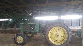 #2 - 1985 John Deere Tractor #2750