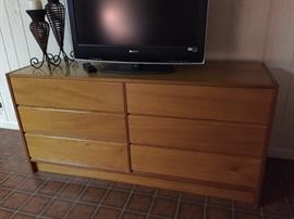 6 drawer teak chest from Scandanavia House