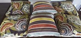NLP009 Six Contemporary Design Throw Pillows