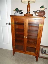 vintage oak curio/bookcase