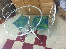 Bistr table and retro chairs white wrought iron
