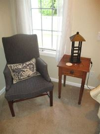 CHAIR AND END TABLE