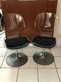 PAIR OF CHROME AND LUCITE CHAIRS
