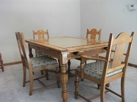 Oak Harvester Dining Table and Chairs