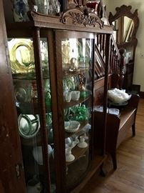 Beautiful display cabinet & Lots of vintage collectibles