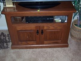 Mission TV stand from the Gigglin Pig