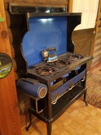 Incredible gas or oil stove. MANY more photos coming soon.