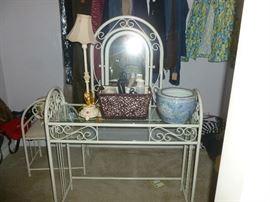 cute metal vanity and bench