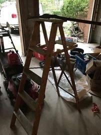 wooden steop ladders