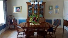 Dining set w cabinet