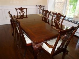 Chippendale Banded Dining Room Table and 8 Chairs with 2 Leaves