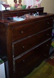 Vintage dresser, old dolls