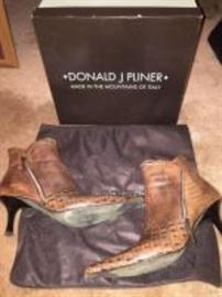 Donald Pliner leather boots
