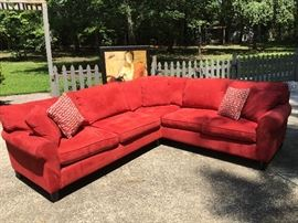 Gorgeous Red Sectional in Great Condition